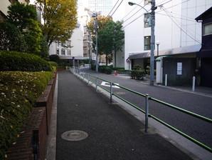 akasaka_03.jpg